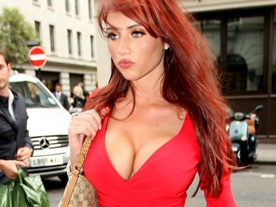 Amy Childs reveals amazing boobs