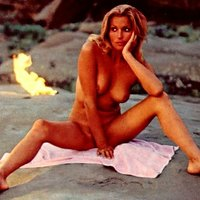 Nude pics with sexy actress Bo Derek