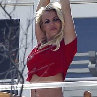 Britney Spears wears casual clothes