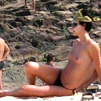 Charlize Theron nudes summary