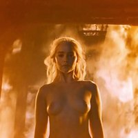 Emilia Clarke In Game Of Thrones S06e04