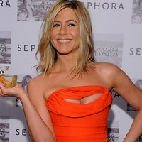 Jennifer Aniston promotes her new fragrance