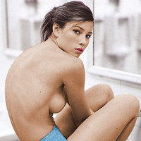 Topless pics with horny Jessica Biel