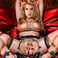 Jessica Simpson in Celebs Dungeon