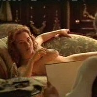 Kate Winslet posing nude in Titanic