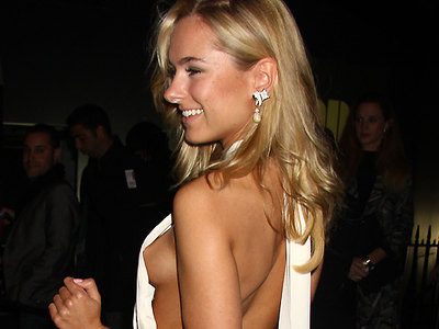 Kimberley Garner hot tit flash on red carpet!