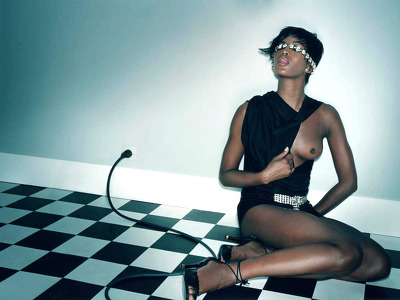 Naomi Campbell nude and topless pictures!