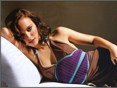 Kinky and seductive pics with Natalie Portman!